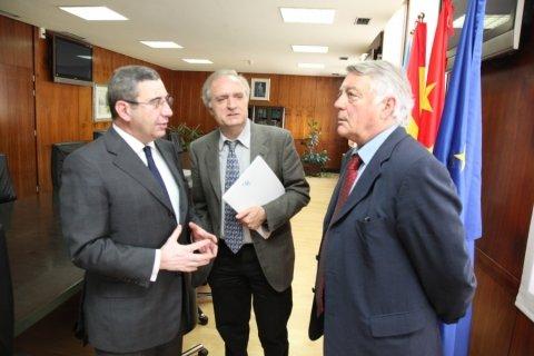 Pablo González Mariñas. Profesor de Dereito na UDC. Segunda parte.  - Xornadas sobre autonomías en España e China: Galicia como exemplo